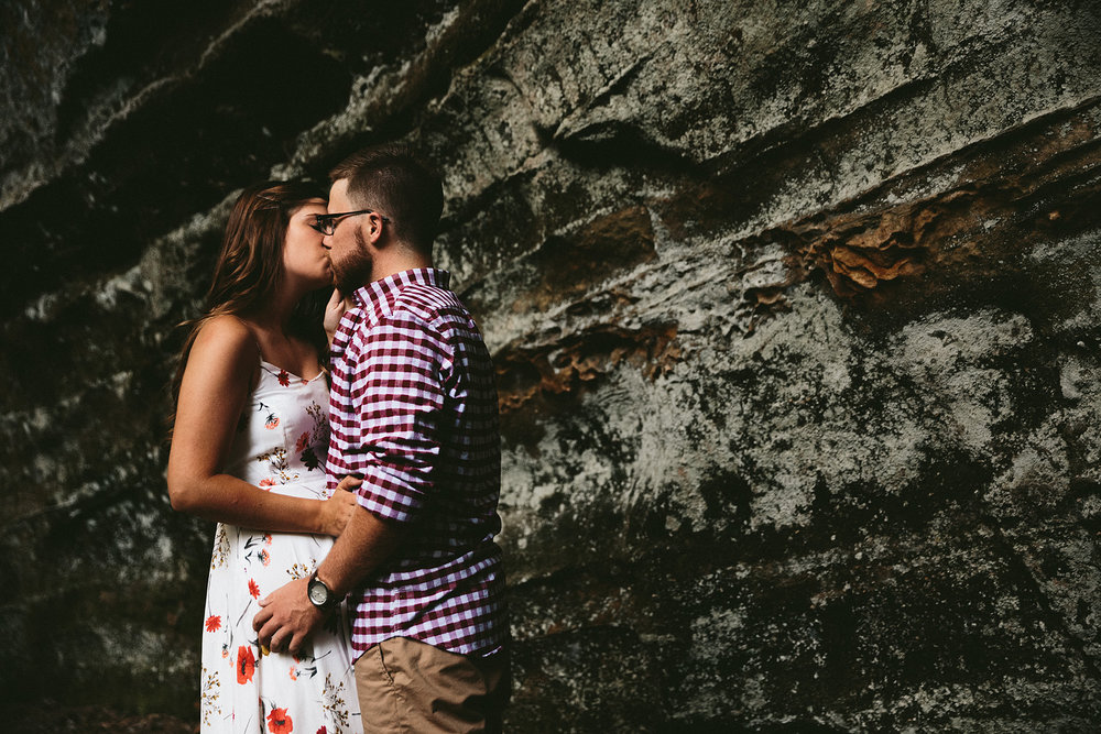 peninsula-ohio-engagement-photography-cuyahoga-valley-national-park-ledges_26.jpg