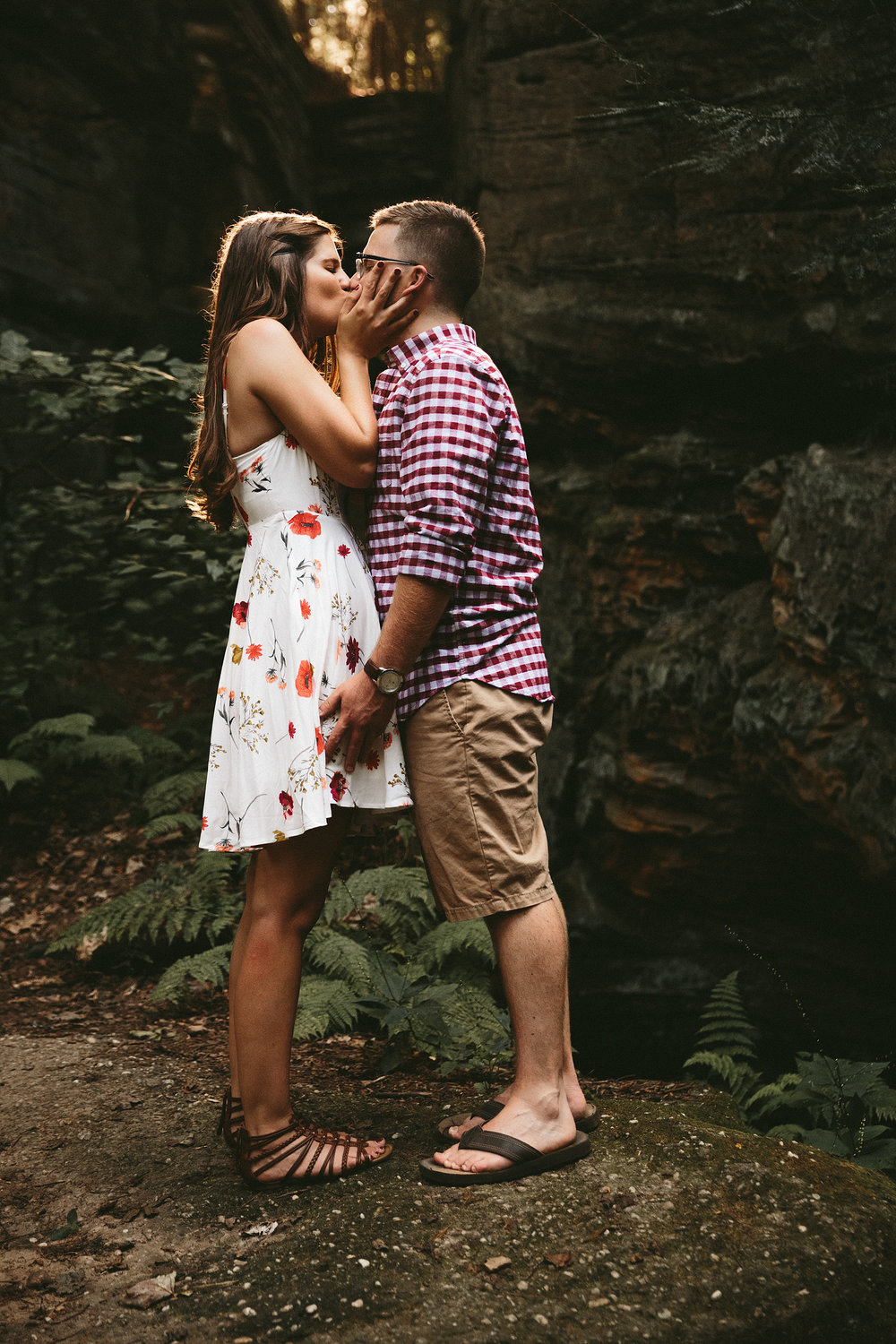 peninsula-ohio-engagement-photography-cuyahoga-valley-national-park-ledges_27.jpg