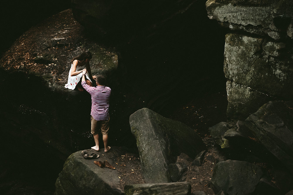 peninsula-ohio-engagement-photography-cuyahoga-valley-national-park-ledges_37.jpg