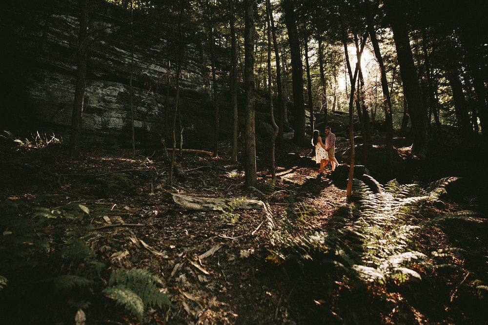 peninsula-ohio-engagement-photography-cuyahoga-valley-national-park-ledges_39.jpg