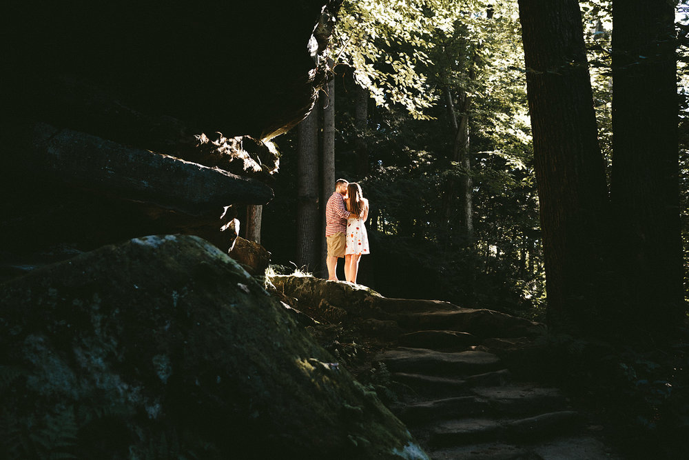peninsula-ohio-engagement-photography-cuyahoga-valley-national-park-ledges_43.jpg