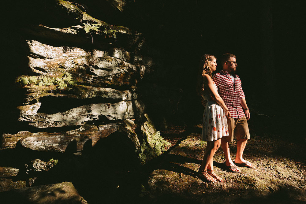 peninsula-ohio-engagement-photography-cuyahoga-valley-national-park-ledges_44.jpg