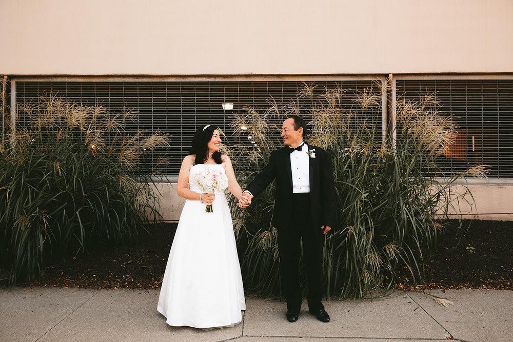 highland-square-akron-wedding-photographer-tangier_10.jpg