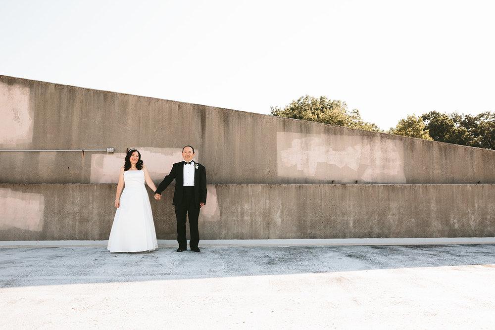 highland-square-akron-wedding-photographer-tangier_16.jpg