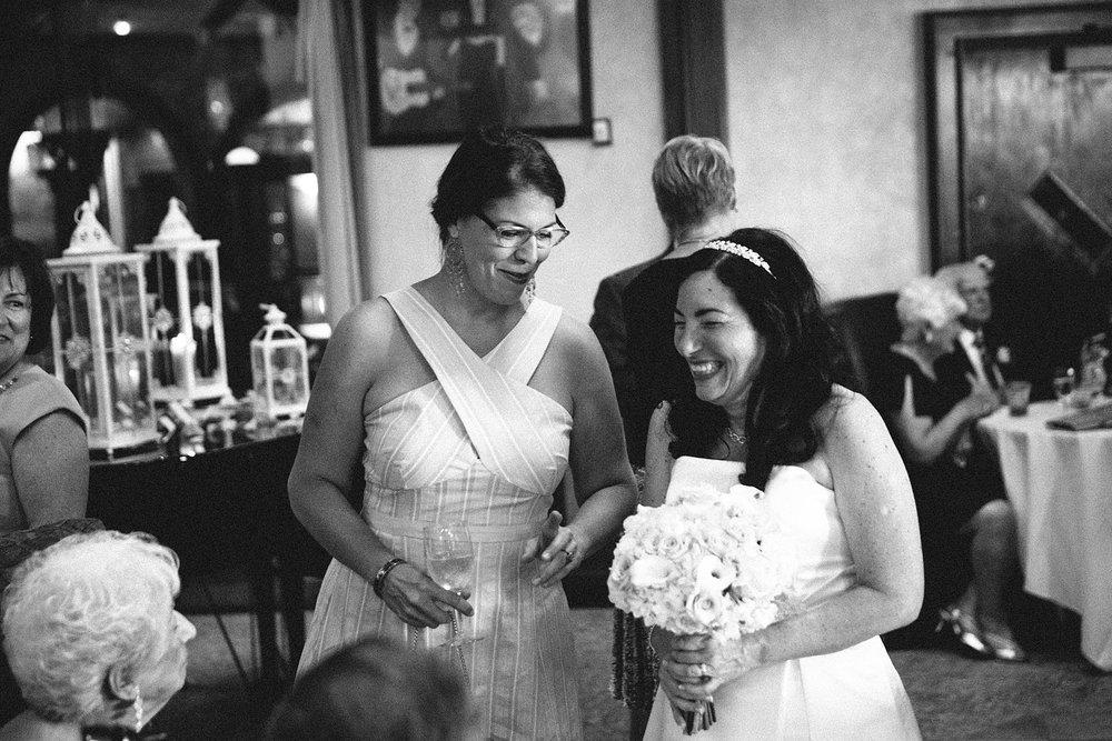 highland-square-akron-wedding-photographer-tangier_20.jpg