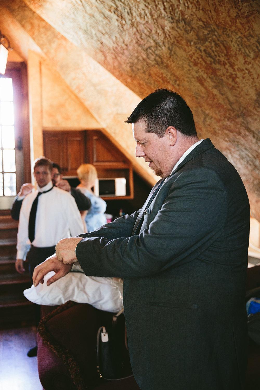 central-ohio-outdoor-wedding-photography-landolls-mohican-castle_7.jpg