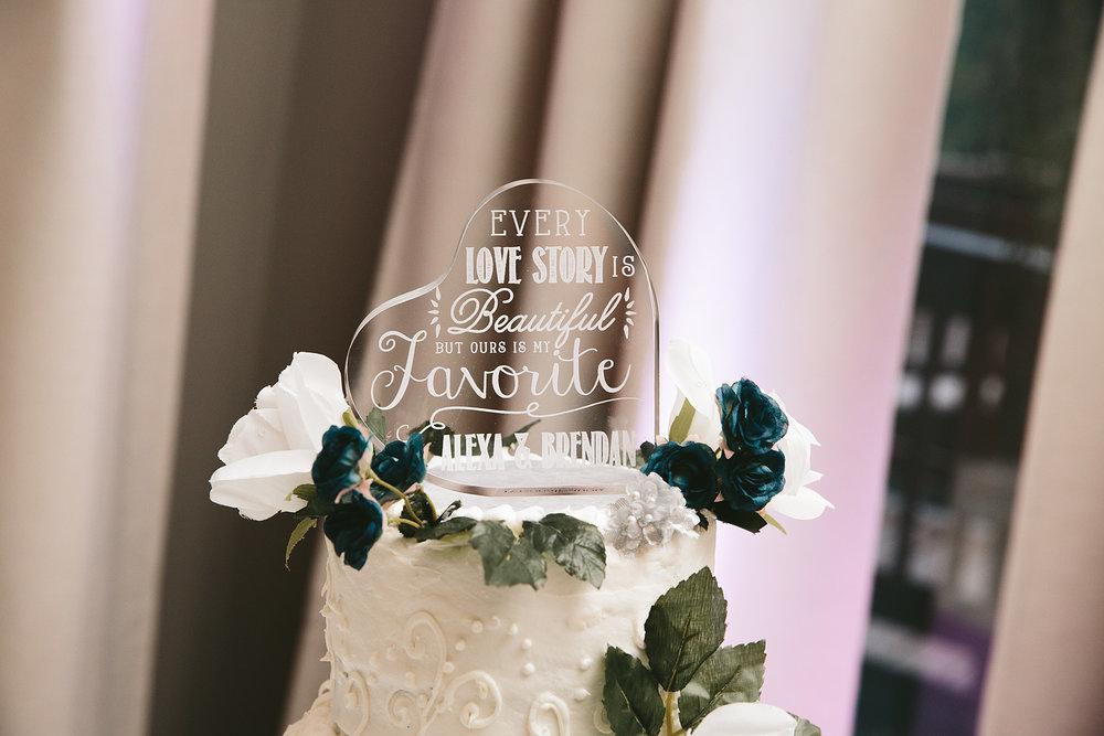 central-ohio-outdoor-wedding-photography-landolls-mohican-castle_33.jpg