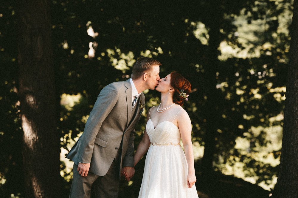 pattersons-fruit-farm-orchard-hills-chesterland-ohio-wedding-photographer_29.jpg