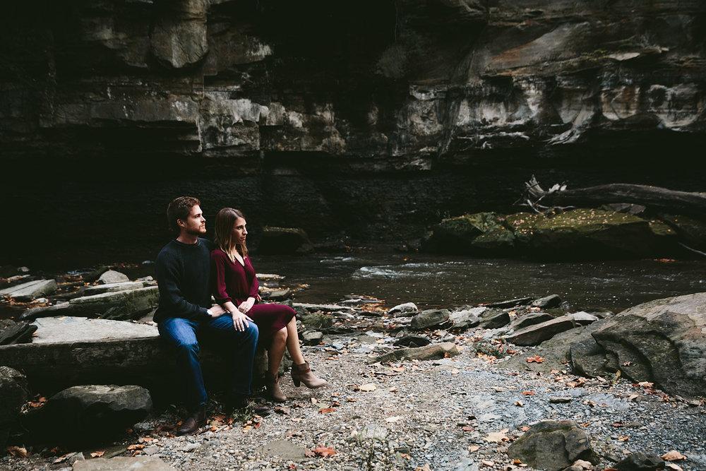solon-ohio-engagement-photographer-chagrin-reservation-metropark-24.jpg