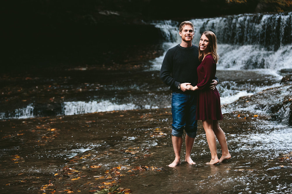 solon-ohio-engagement-photographer-chagrin-reservation-metropark-45.jpg