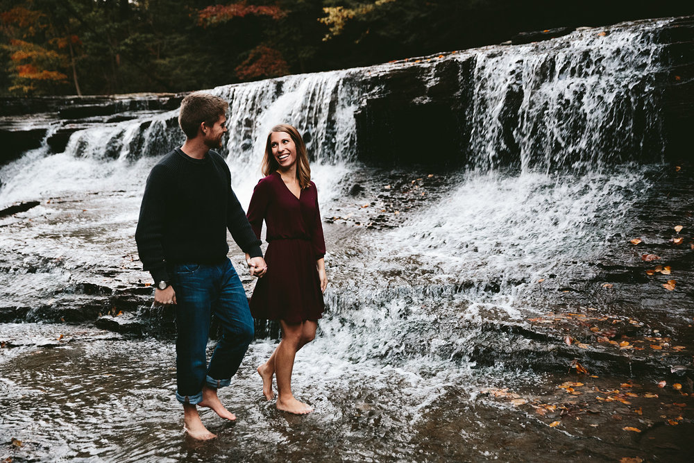 solon-ohio-engagement-photographer-chagrin-reservation-metropark-51.jpg