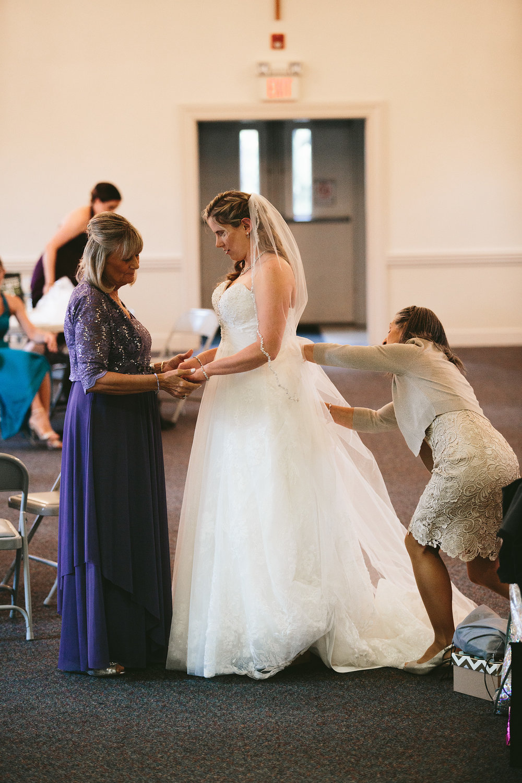 chagrin-ohio-wedding-photographer-pattersons-fruit-farm-19.jpg