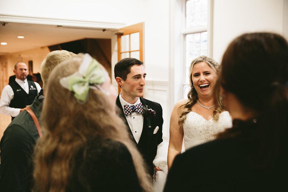 chagrin-ohio-wedding-photographer-pattersons-fruit-farm-32.jpg