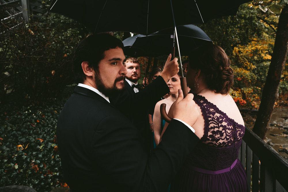 chagrin-ohio-wedding-photographer-pattersons-fruit-farm-36.jpg