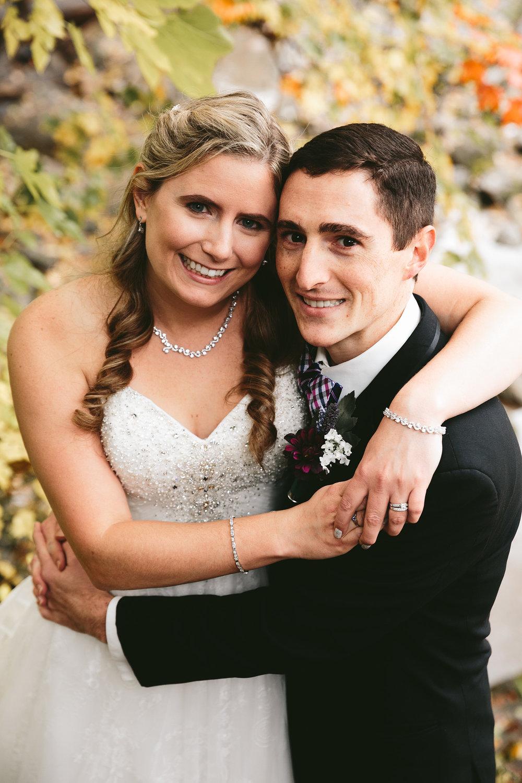 chagrin-ohio-wedding-photographer-pattersons-fruit-farm-38.jpg