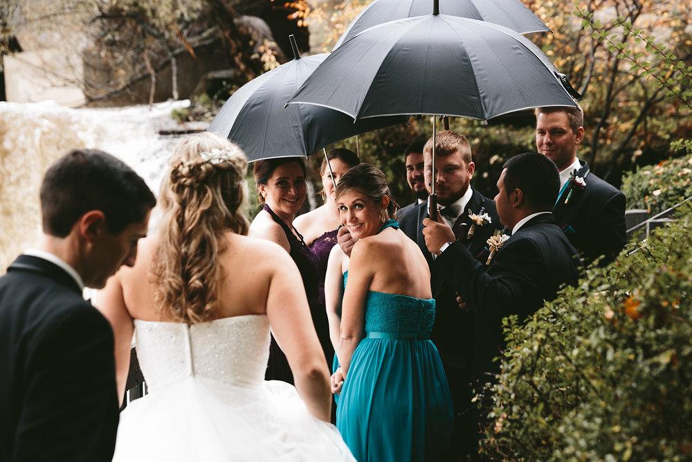 chagrin-ohio-wedding-photographer-pattersons-fruit-farm-40.jpg