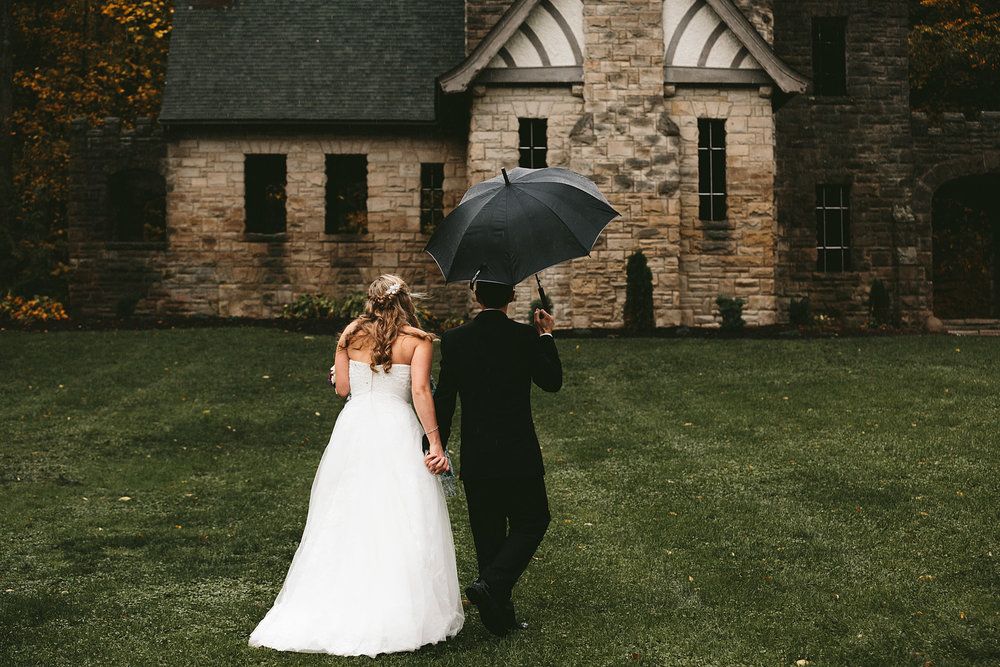 chagrin-ohio-wedding-photographer-pattersons-fruit-farm-46.jpg