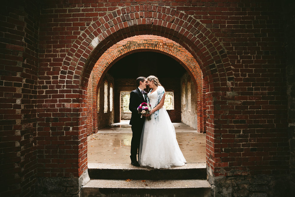 chagrin-ohio-wedding-photographer-pattersons-fruit-farm-49.jpg