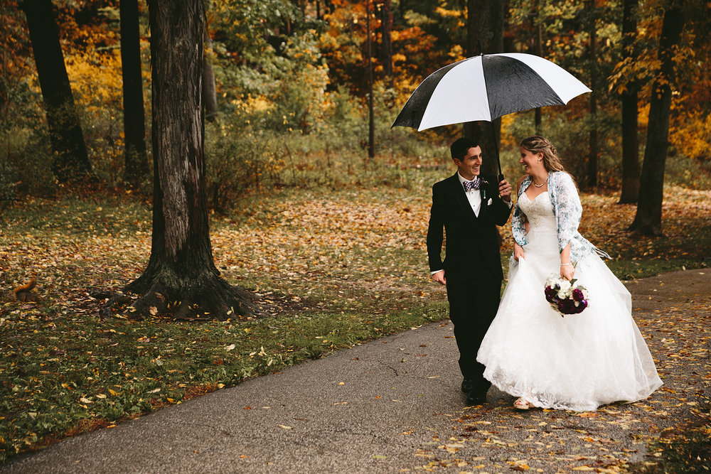 chagrin-ohio-wedding-photographer-pattersons-fruit-farm-53.jpg