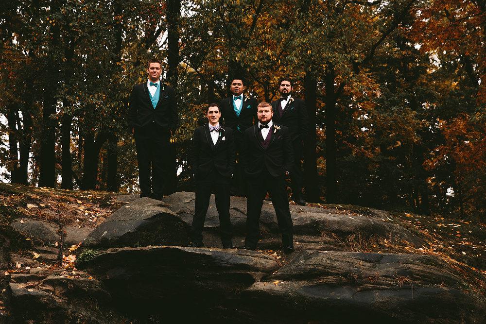 chagrin-ohio-wedding-photographer-pattersons-fruit-farm-58.jpg