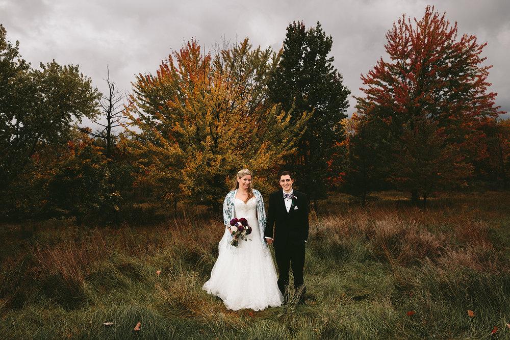chagrin-ohio-wedding-photographer-pattersons-fruit-farm-61.jpg