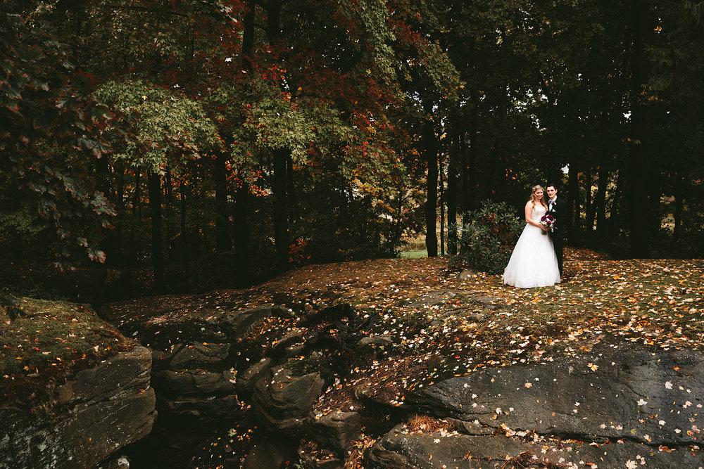 chagrin-ohio-wedding-photographer-pattersons-fruit-farm-65.jpg
