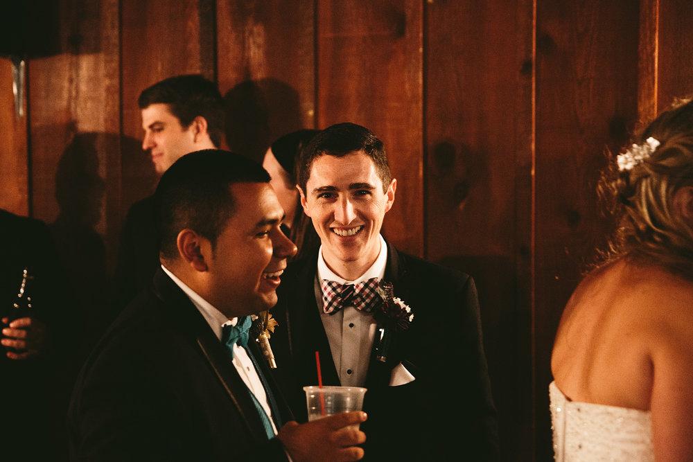 chagrin-ohio-wedding-photographer-pattersons-fruit-farm-66.jpg