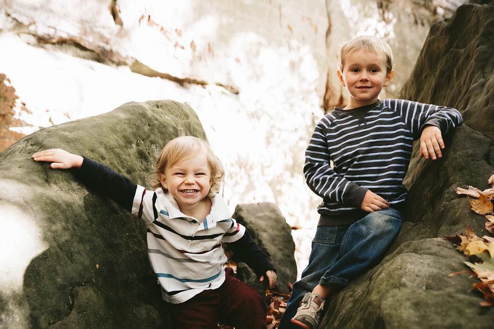 medina-ohio-family-portrait-photographer-hinckley-metropark-10.jpg