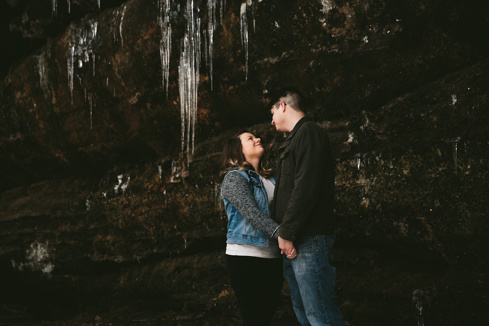 cuyahoga-valley-national-park-engagement-photographer-28.jpg