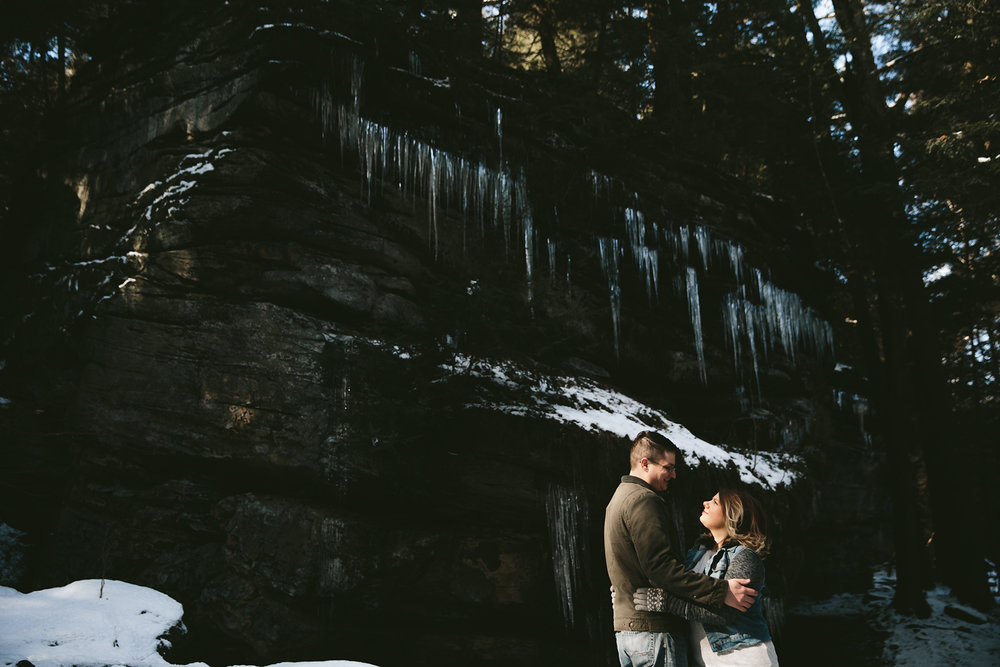 cuyahoga-valley-national-park-engagement-photographer-33.jpg