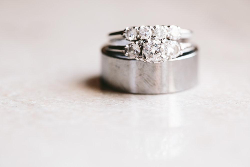 akron-ohio-wedding-photographers-greystone-hall-2.jpg