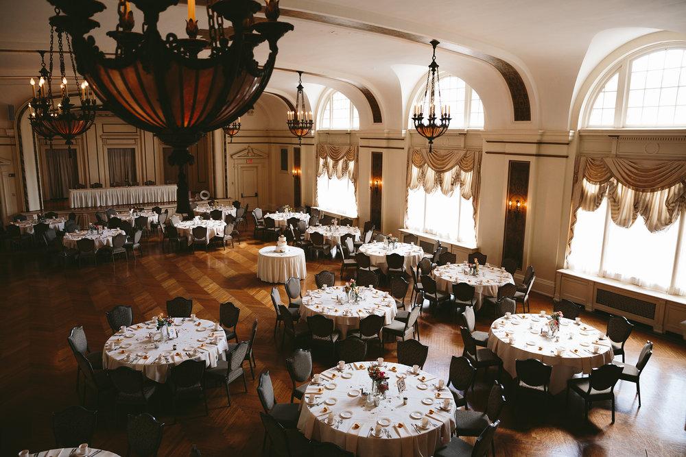akron-ohio-wedding-photographers-greystone-hall-8.jpg
