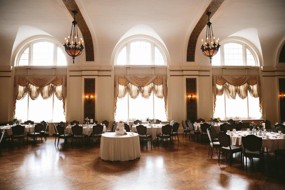 akron-ohio-wedding-photographers-greystone-hall-9.jpg