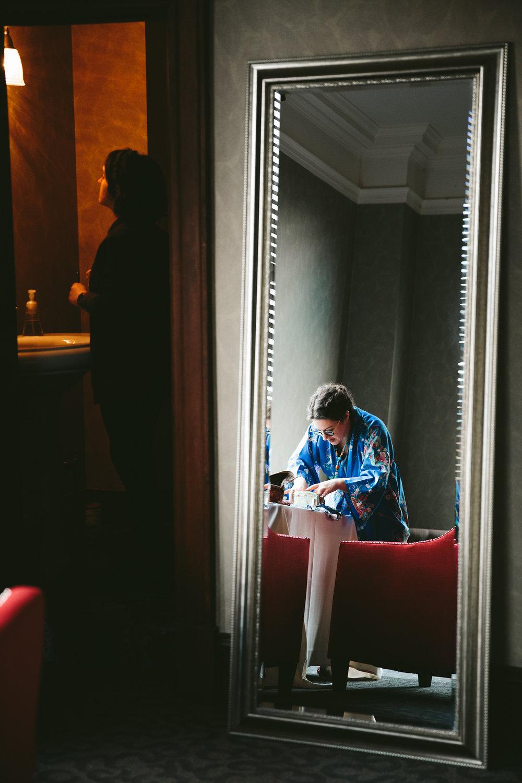 akron-ohio-wedding-photographers-greystone-hall-11.jpg