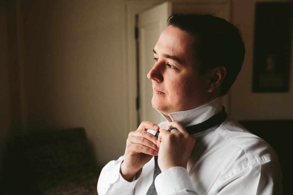 akron-ohio-wedding-photographers-greystone-hall-17.jpg