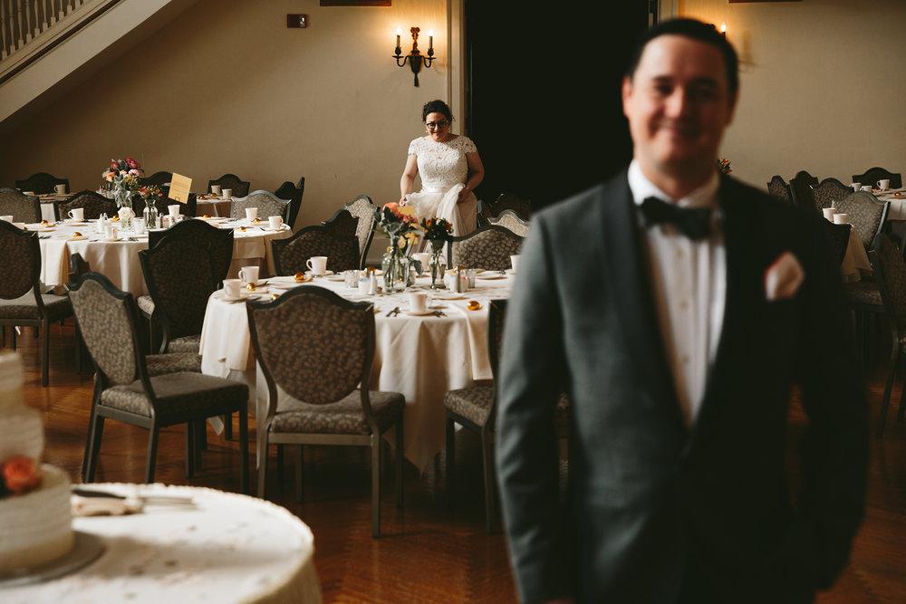 akron-ohio-wedding-photographers-greystone-hall-23.jpg