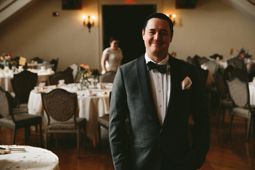 akron-ohio-wedding-photographers-greystone-hall-24.jpg