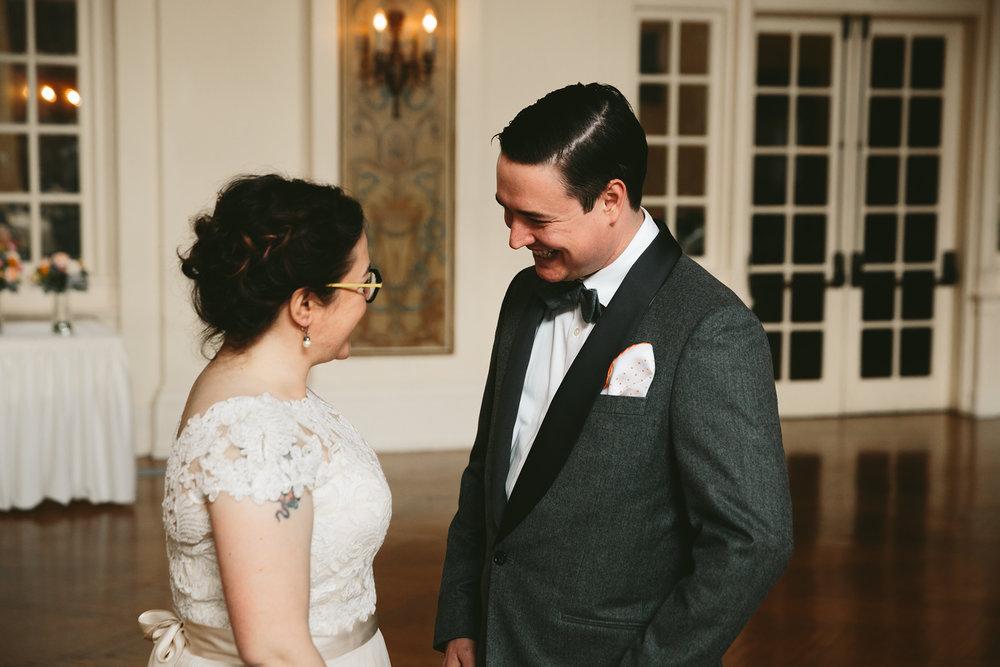 akron-ohio-wedding-photographers-greystone-hall-29.jpg