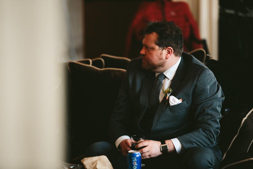 akron-ohio-wedding-photographers-greystone-hall-35.jpg