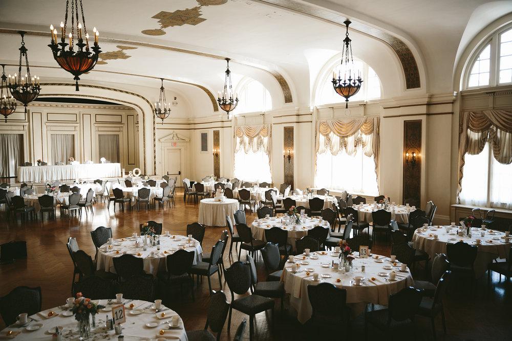 akron-ohio-wedding-photographers-greystone-hall-80.jpg
