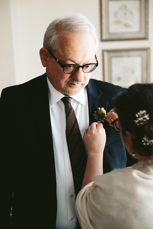 akron-ohio-wedding-photographers-greystone-hall-81.jpg