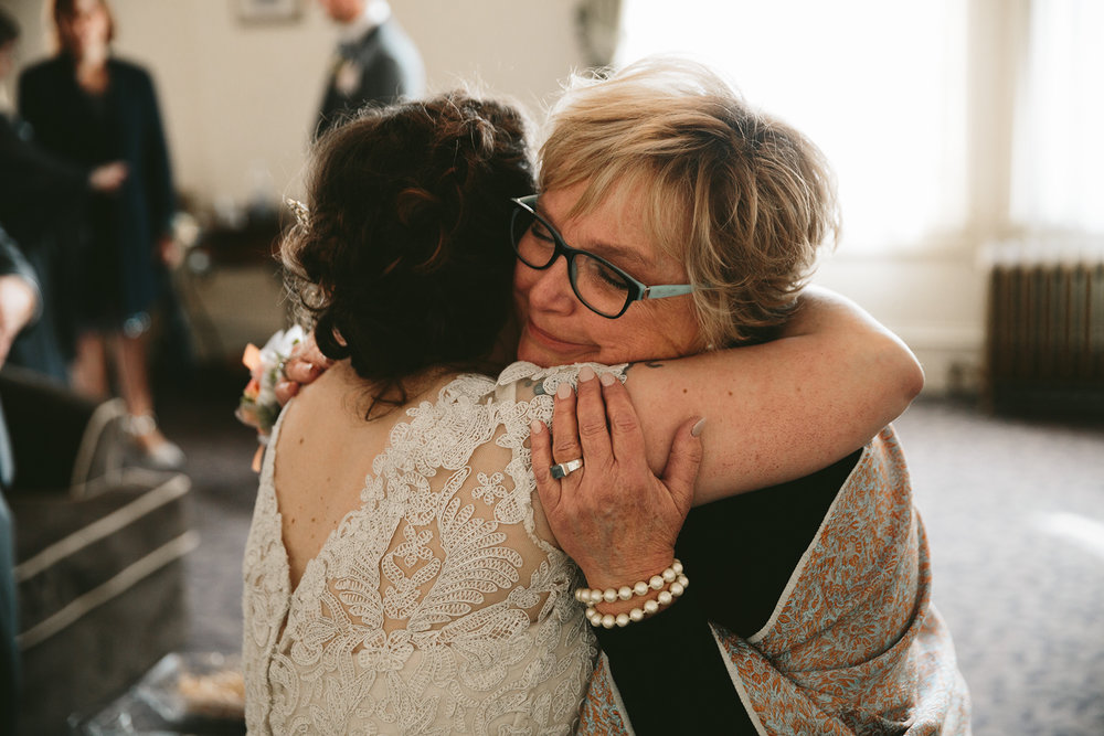 akron-ohio-wedding-photographers-greystone-hall-84.jpg