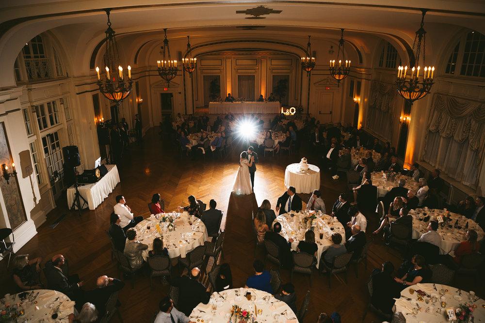 akron-ohio-wedding-photographers-greystone-hall-108.jpg