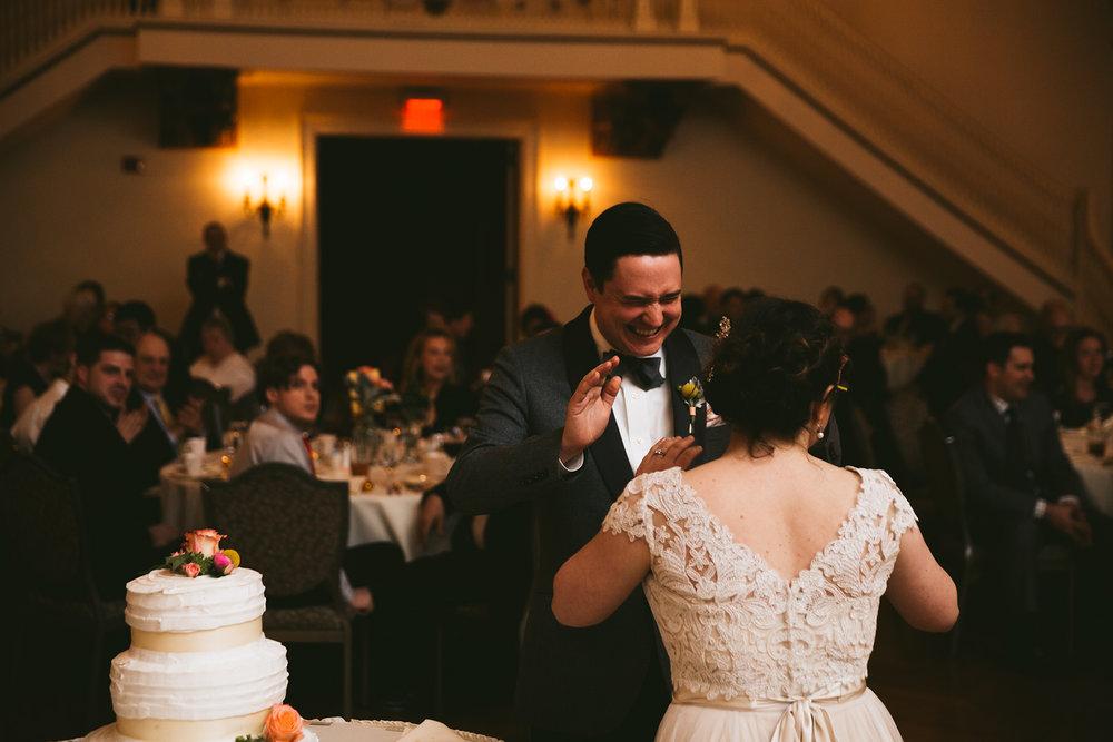 akron-ohio-wedding-photographers-greystone-hall-111.jpg