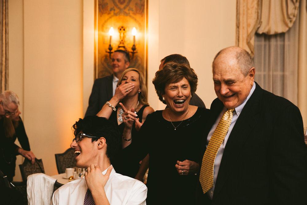 akron-ohio-wedding-photographers-greystone-hall-116.jpg