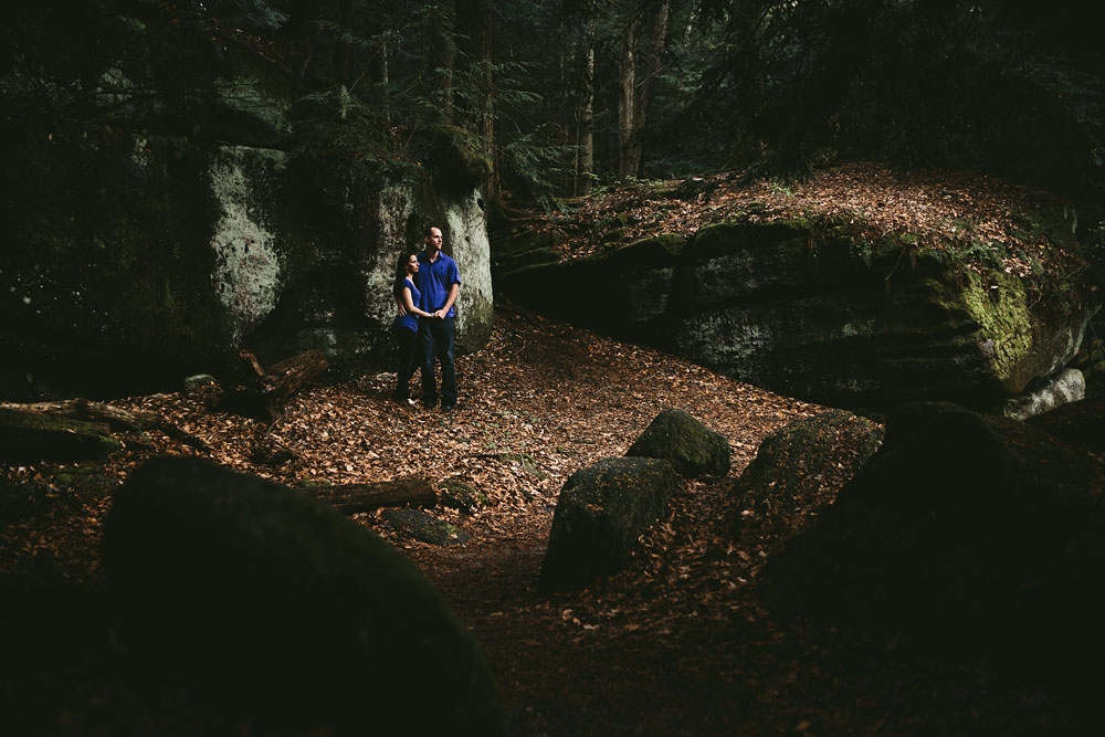cleveland-wedding-photographers-at-cuyahoga-valley-national-park-for-engagement-photography-28.jpg