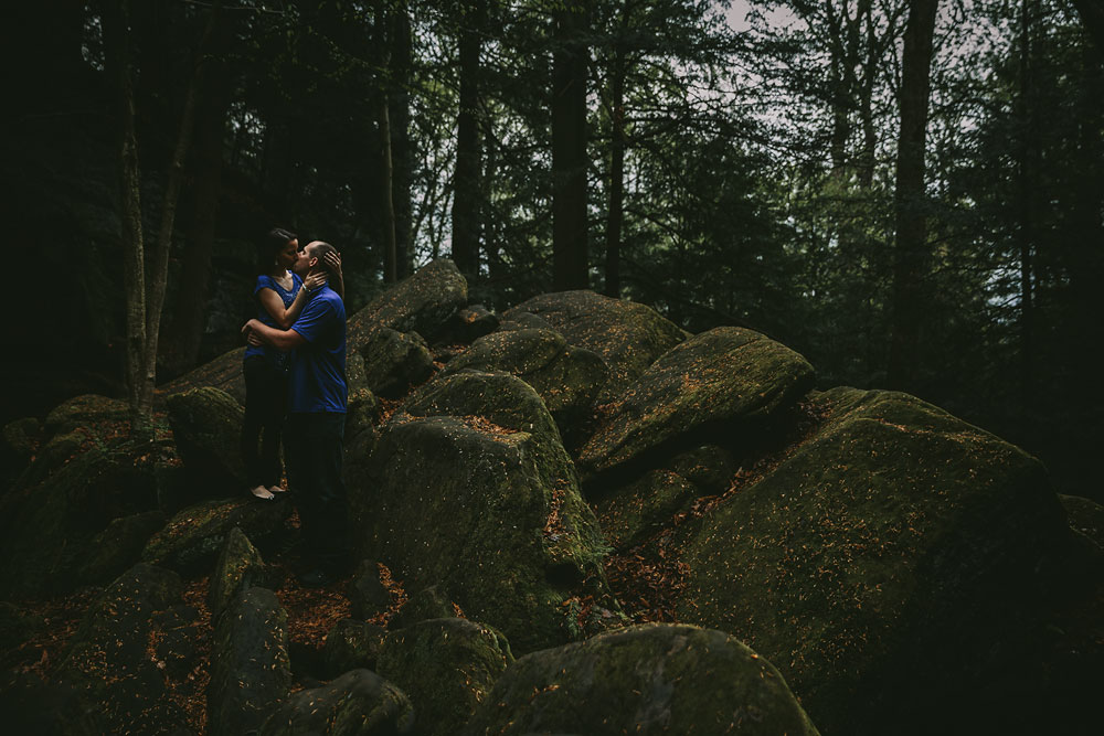 cleveland-wedding-photographers-at-cuyahoga-valley-national-park-for-engagement-photography-36.jpg