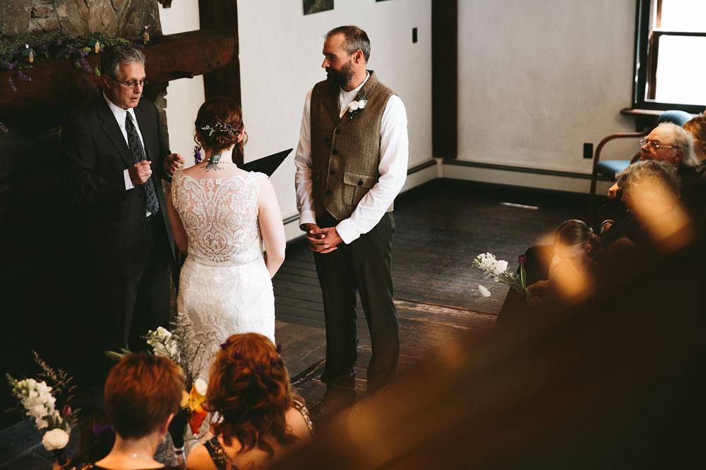cleveland-wedding-photographer-hines-hill-conference-center-cuyahoga-valley-national-park-barn-vintage-24.jpg
