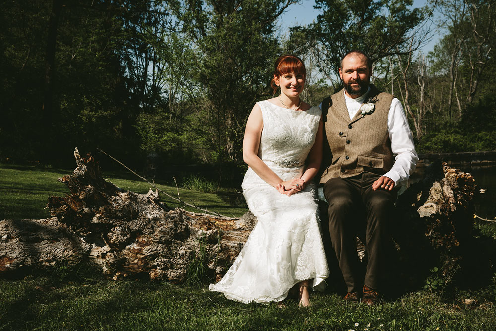 cleveland-wedding-photographer-hines-hill-conference-center-cuyahoga-valley-national-park-barn-vintage-44.jpg