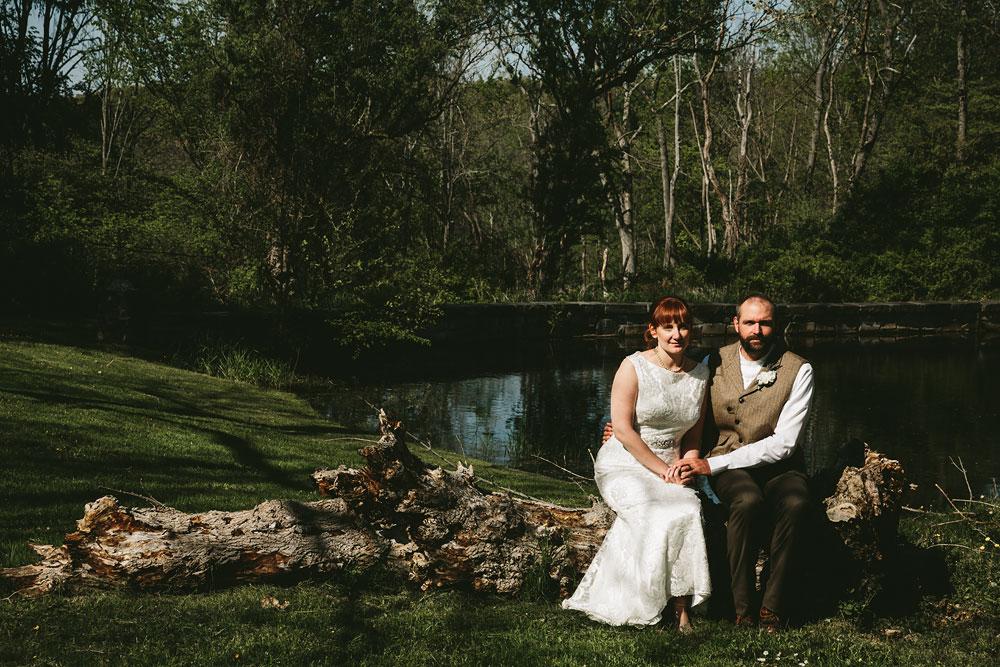 cleveland-wedding-photographer-hines-hill-conference-center-cuyahoga-valley-national-park-barn-vintage-47.jpg